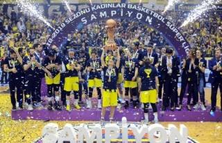 Potada şampiyon Fenerbahçe!