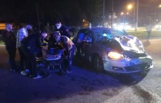 Samsun'da iki otomobilin çarpıştığı kazada 6...