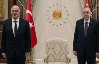 Sert Türkiye çıkışlarıyla bilinen Yunan Bakan...