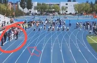 Sıradan bir yarışmaya kameramanın hızı damga...