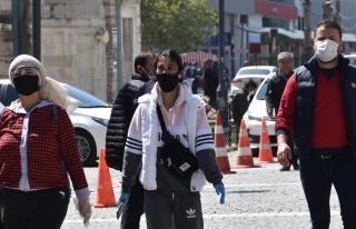 Siyah Maske Uyarısı: Koronaya Karşısında Koruyucu...