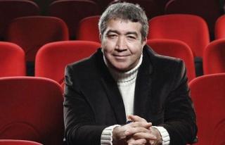 Skeçleriyle Tanınan Tiyatro Oyuncusu Turgay Yıldız...