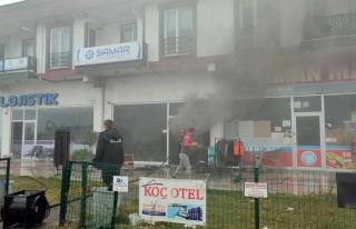 Son dakika haberleri: Marketin deposunda çıkan yangın...