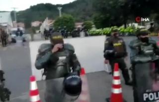 Son dakika! - Kolombiya'da 7 askerin 13 yaşındaki...