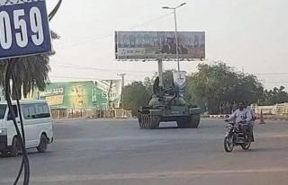 Son Dakika Sudan'da bir grup askerin gerçekleştirdiği...