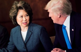 Son Dakika: Trump'ın kabinesinden ilk istifa! Ulaştırma...