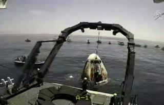 Space X'in Gönderdiği ABD'li 2 Astronot Dünya'ya...