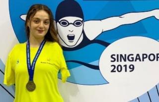 Sümeyye Boyacı Singapur'da altın madalya kazandı!