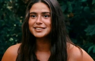 Survivor Ayşe'den ilginç öpüşme iddiası