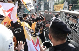 Taksim'e Çıkmak İsteyen Onlarca Kişi Gözaltına...