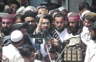 Taliban yeni kabinenin tanıtım seremonisi için...