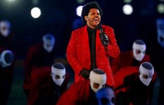 The Weeknd, Super Bowl'daki Muhteşem Performansı...
