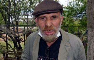 Tiyatrocu Cemal Uçarman'a komşusu keserle saldırdı