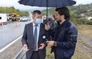 Toplantıya giden MHP'lilerin midibüsü devrildi:...