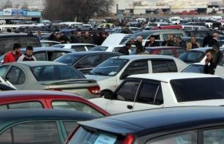Trafiğe kayıtlı araç sayısı Ekim'de 68 bin 69...