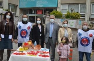 Türk Sağlık Sen'den hastane önünde eylem: İsteklerini...