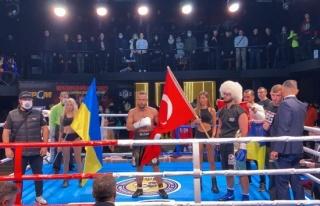 Türk sporcular Ukrayna'ya çıkarma yaptı