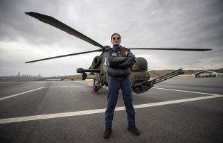 Türkiye'nin İlk Kadın Taarruz Helikopter Pilotu...