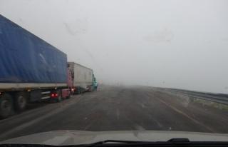 Ulgar geçidinde yoğun sis: Görüş mesafesi 5 metreye...