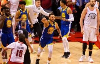 Warriors pes etmedi ama Durant'i kaybetti!