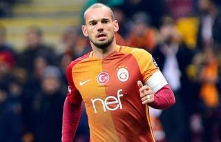Wesley Sneijder'den Terim ve Albayrak'a geçmiş...