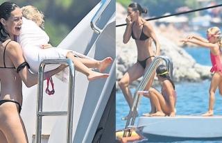 Yasemin Özilhan'ın Bodrum tatili sürüyor
