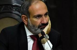 Yenilgi anlaşmasını imzalayan Paşinyan: Karabağ'daki...