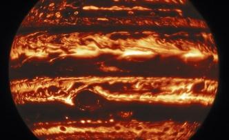 İki Teleskopla Çekildi: Jüpiter'in Sırları Çözülüyor