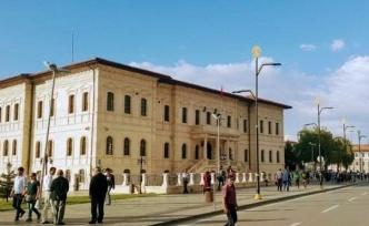 Sivas'taki İstiklal Caddesi'nin Adı Değişmeyecek: 'Kamuoyu Hassasiyeti Dikkate Alındı'