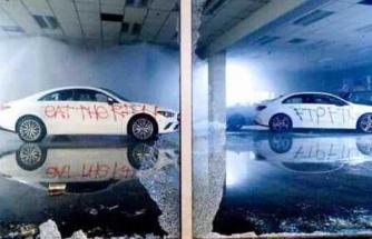 100 Binlerce Dolarlık Mercedes'leri Yakıp Kullanılamaz Işık Halkası Getiren Protestocular