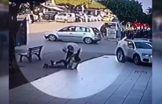 15 Gün Trafikten Men Edildi: Küçük Çocuğu Döven Otobüs Şoförüne Esnaftan Dayak