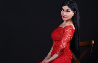 Ünlü Türkücü Nur Ertürk ile Röportaj
