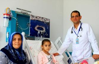 6 yaşında iki kalp, bir anjiyo, bir beyin ameliyatı geçirdi