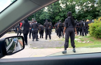 ABD'de 'Black Panther' isimli grup silahlanıp sokağa indi: Savaş meydanında karşımıza çıkın