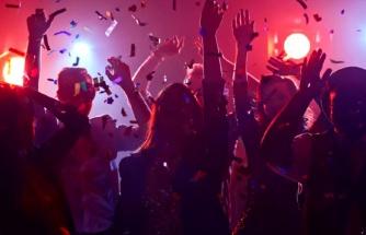 ABD'de gençler ölümle dans ediyor! Korona partisi düzenleyip ilk virüsü kapana para ödülü veriyorlar
