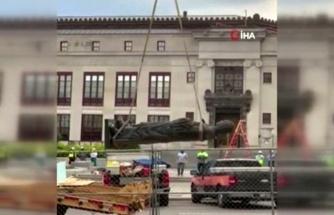 ABD'de Kristof Kolomb'un heykeli kaldırıldı