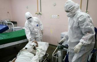 ABD'de rekor artma: 24 saatte 52 binden pozitif koronavirüs vakası saptandı