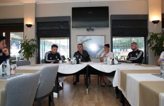 Ahmet Nur Çebi'den takıma moral ziyareti