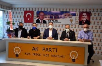 AK Parti ilçe teşkilatı muhtarlar ile istişarede bulundu