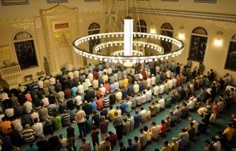 Almanya'da Irkçı Saldırı Sonrası Camilere de Polis Koruması Geliyor