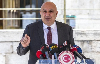 Arzu Sabacı'nın 'Mülteci İstemiyorum' Paylaşımına CHP'li Özkoç'tan Destek