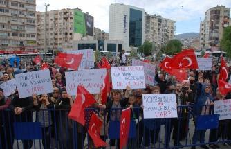 Aşı karşıtları İzmir'de toplandı