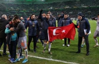 Avrupa'daki 4 galibiyetin 3'ü Başakşehir'den