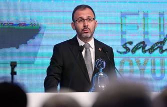 Bakan Kasapoğlu: 'UEFA'nın soruşturma kararı yok hükmündedir'