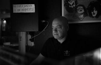 Baron'a Veda: Müzik Yazarı ve Radyo Programcısı Çağlan Tekil Hayatını Kaybetti