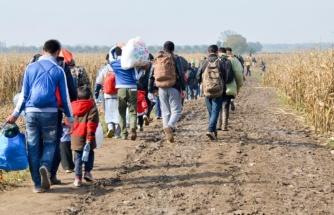 Belarus'un yaptırım intikamı! Göçmenleri turist olarak ülkeye alıp, AB'ye yasa dışı geçişini sağlıyorlar