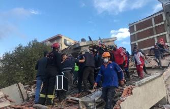 Canlı Anlatım | İzmir'de 6.6 Büyüklüğünde Deprem: '4 Can Kaybı, 120 Yaralı Var'