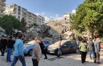 Canlı Anlatım | İzmir'de 6.6 Büyüklüğünde Deprem: 'Enkaz Altında Vatandaşlarımız Var'