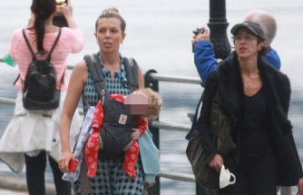 Carrie Symonds, oğlu Wilfred ile tatile çıktı