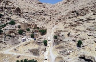 Dargeçit'te Fazla Sayıda İnsana Ait Kemik Parçaları Bulunmuştu: Mardin Valiliği Soruşturma Başlatıldığını Açıkladı